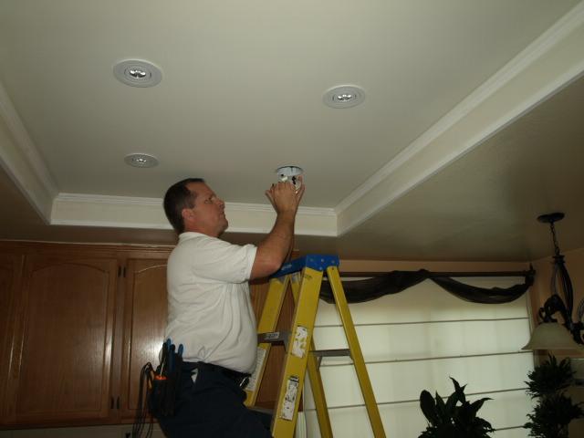 Lighting Up Oak Park California 91377 Homes